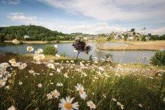 Le lac de la Tour-d'Auvergne. (© OTSA)