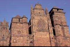 La cathédrale Notre-Dame de Rodez (© Alamer - Iconotec)