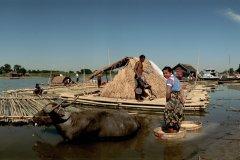 Village lacustre sur les bords du lac Inle. (© Author's Image)