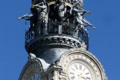 Le clocher de l'église Sainte-Croix (© Λεωνιδας - Fotolia)