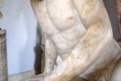 Palais des Conservateurs - statue du Gaulois mourant. (© Stéphan SZEREMETA)