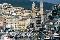 Vue de la ville et du vieux port (© H. FOUGÈRE - ICONOTEC)