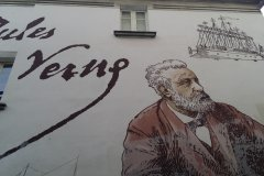 Fresque à Nantes consacrée à Jules Verne. (© Sophie KESRAOUI)