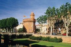 PYRÉNÉES ORIENTALES : Le Castillet, une des portes de la ville de Perpig - Nicolas Rung - Author's Image