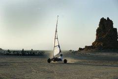 Char à voile sur le lac Abbe. (© Eyerusalem ABERA)