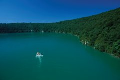 Lac jurassien (© PIERRE DELAGUÉRARD - ICONOTEC)