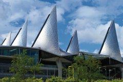 Le nouveau palais de justice, Bolivarplaats. (© Lawrence BANAHAN - Author's Image)
