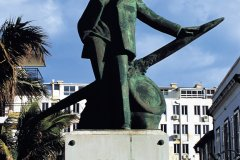 Statue de Roland Garros. (© Atamu RAHI - Iconotec)