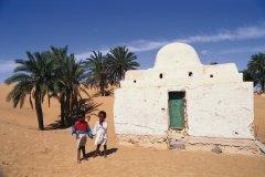 Enfants à El Faouar. (© Author's Image)