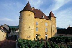 Le château Pécauld, abritant le Musée de la Vigne et et du Vin - Arbois (© PIERRE DELAGUÉRARD - ICONOTEC)