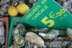 Marché aux huîtres (© Stéphan SZEREMETA)