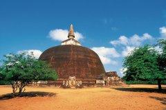 Temple Rankot Vihara (© Hugo Canabi - Iconotec)