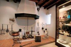 Collection ethonolgique du musée régional. (© Tourist Organization Koper / Sergio Gobbo)