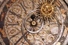 L'horloge astronomique de la cathédrale Saint-Jean (© Stéphan SZEREMETA)