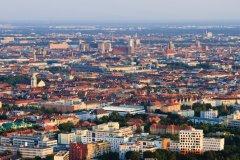 Munich vue depuis l'Olympiaturm. (© Lawrence BANAHAN - Author's Image)