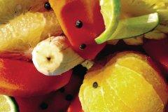 Assiette de fruits à savourer sans complexes. (© Sir Pengallan - Iconotec)