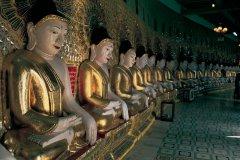 Bouddhas du temple Onhmin Thonze. (© Bernier S - Iconotec)