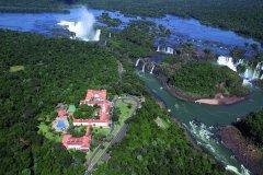 Survol des chutes d'Iguazú en hélicoptère (© Stéphan SZEREMETA)