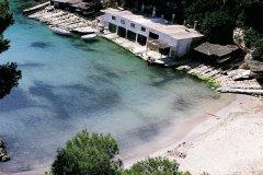 Cala Pi, plage au fond d'une cala profonde. (© Hervé Bernard - Iconotec)