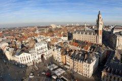Vue aérienne du centre ville de Lille. (© Production Perig - Fotolia)
