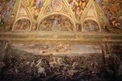 Chambre de Constantin, l'une des chambres de Raphaël, musées du Vatican. (© Stéphan SZEREMETA)