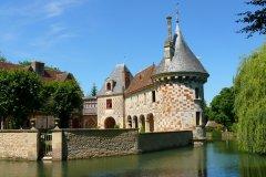 Château de Saint-Germain-de-Livet. (© www.calvados-tourisme.com)