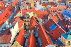 Prague vue de la tour de l'hôtel de ville. (© aterrom - stock.adobe.com)