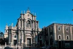 Façade de la cathédrale Sainte-Agathe par Vaccarini. (© Apollon - Iconotec)