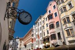 Herzog Friedrich-Strasse, Innsbruck. (© MinistryOfJoy - iStockphoto)