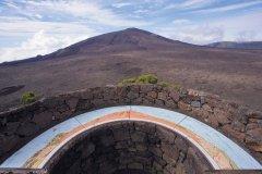 Table d'orientation près du cratère du Piton de la Fournaise. (© Author's Image)