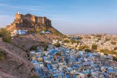 Vue sur la ville de Jodhpur et la Cité Bleue. (© mazzzur)