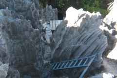 Parcours plutôt sportif pour défier les Grands Tsingy de Bemaraha (© Arnaud BONNEFOY)