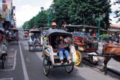 Le becak est un cyclo-pousse spécifique à Java. (© Eloïse BOLLACK)