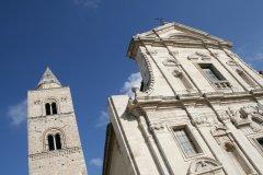 Duomo de Melfi. (© Antonio CONTE - Fotolia)