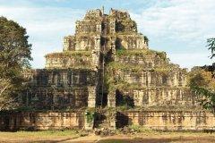 Temple de Koh Ker dans les environs d'Angkor (© Nicolas HONOREZ)