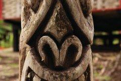 Totem du camp Cariacou. (© Philippe GUERSAN - Author's Image)