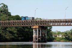 Pont sur la rivière Napo à Coca. (© Stéphan SZEREMETA)