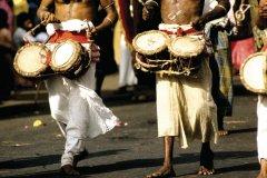 Procession lors de la fête de la Perahera (© Alamer - Iconotec)
