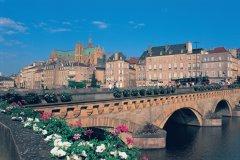 Le Moyen Pont sur la Moselle (© S. NICOLAS - ICONOTEC)
