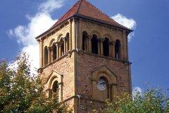 Clocher de l'église romane Saint-Martin-de-Salles (© PHOVOIR)