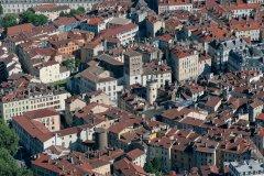 Les toits de Grenoble (© TAF - FOTOLIA)