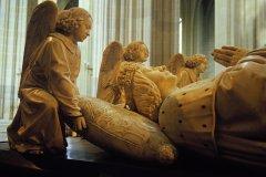 Détails des statues décorant la tombe de Francois II de Bretagne. (© Spila Riccardo)