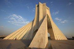 La tour Azadi, ou Tour de la Liberté. (© Massimo Pizzotti)
