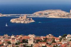 Le château d'If et les îles du Frioul (© Lawrence Banahan - Author's Image)
