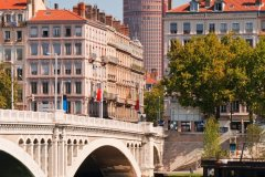 Pont Wilson. (© Andrei Nekrassov / Shutterstock.com)