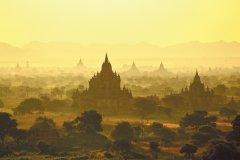 Vue générale de Bagan. (© Alamer - Iconotec)