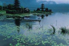 Pura Ulun Danu Bratan, temple du lac Bratan. (© Yukiko Yamanote - Iconotec)