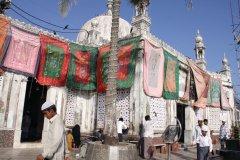 A la Jama Masjid, la plus grande mosquée de la ville. (© Pascal Mannaerts - www.parcheminsdailleurs.com)