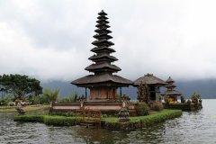 Temple Pura Ulun Danu Bratan. (© Stéphan SZEREMETA)