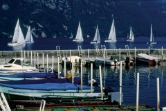 Voiles sur le lac du Bourget - Aix-les-Bains (© PAULETTE RICHARD - ICONOTEC)